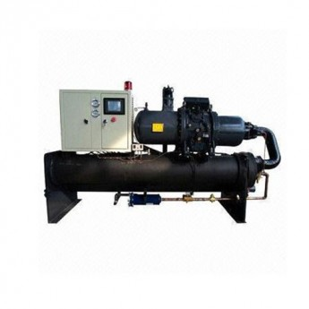 Water cooled twin screw chiller